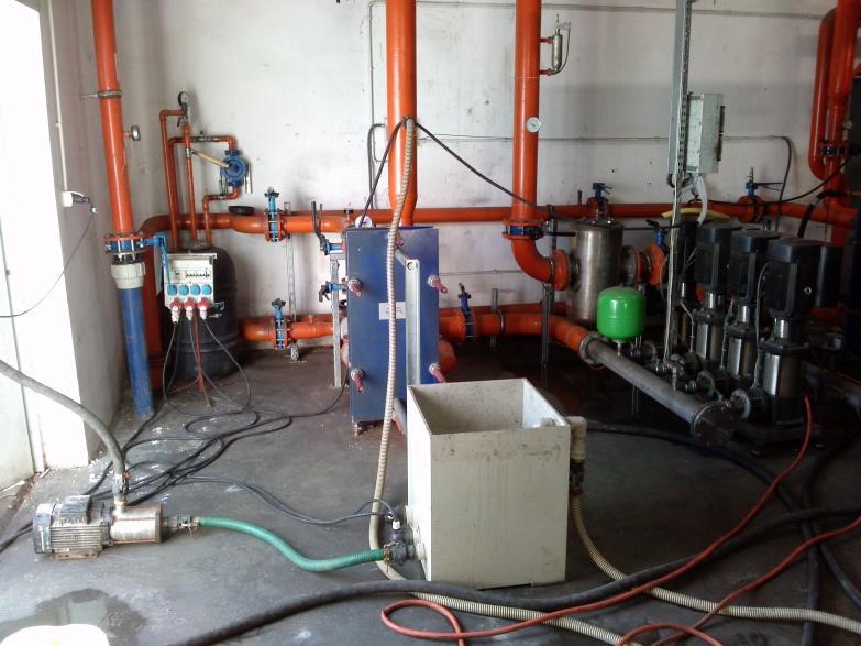 Czyszczenie wymienników i zbiornika wody lodowej 9 m3